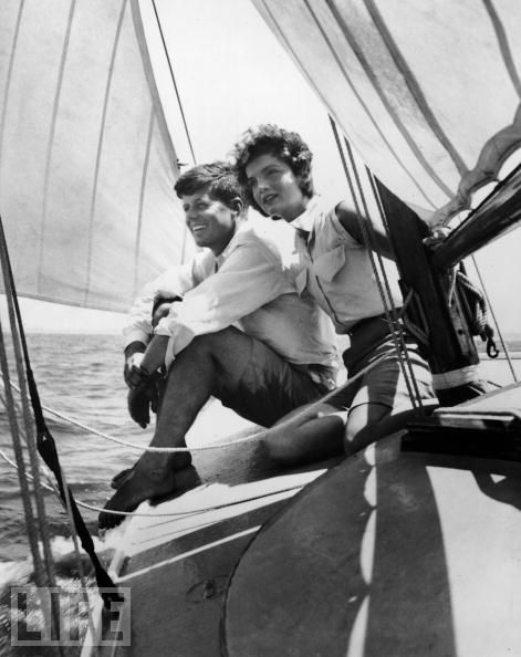 JFK y Jackie en el Manitou. Fuente JFK Library