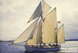 barco-de-vela-wyvern