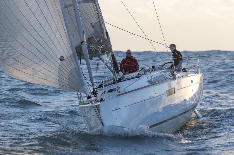 Jeanneau PER Academia náutica MARINOS
