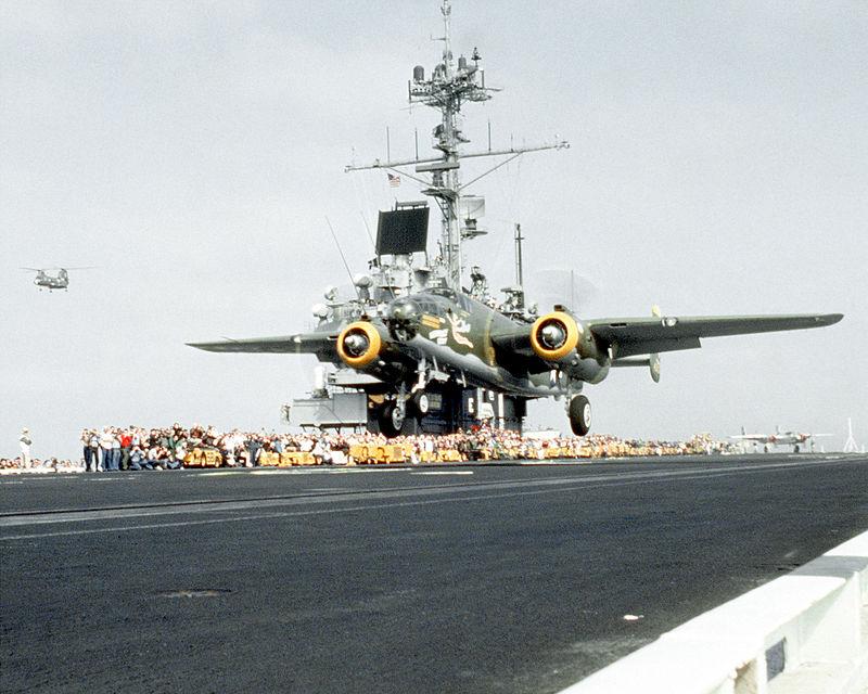800px-USS_Ranger_(CV-61)_B-25_Mitchell_Doolittle_reenactment