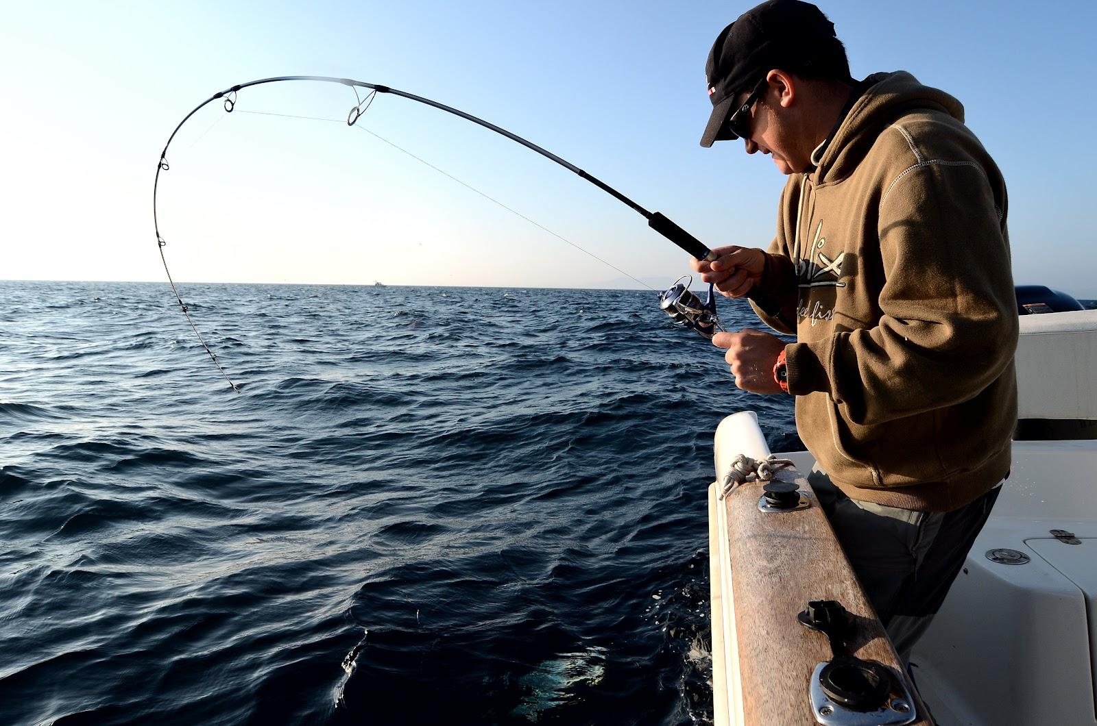 deporte de pesca en mar abierto