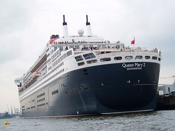 queen mary 2 popa
